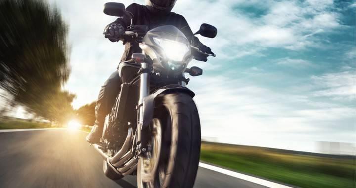 assicurare moto online conviene