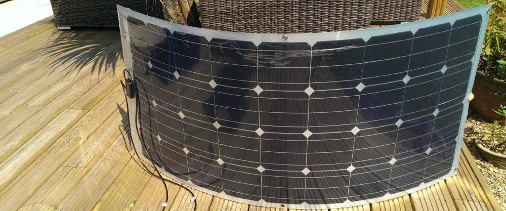 Fissaggio Pannello Solare Flessibile : Pannelli solari flessibili per la casa il camper e barca
