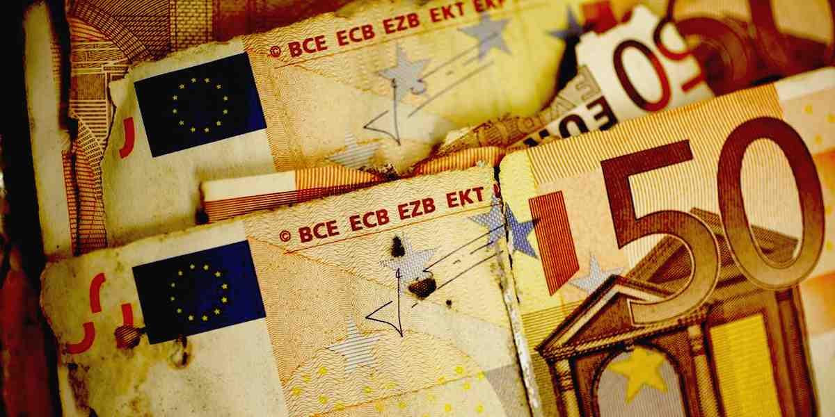 banconote danneggiate